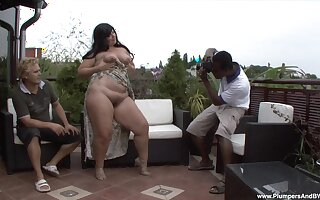 Fat mature Carmen Carlos fucked by a massive black cock in outdoors