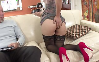 Fat old cock for amateur Latina model Nicole Ferrera and she handles it