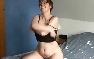 White European milf wife is actually irresistible as fuck