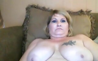 Angelandjj: chubby woman fucks with her husband