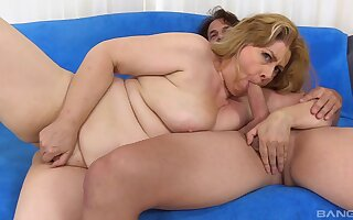 Older blonde broad Peggy Sue is stoked to get screwed good