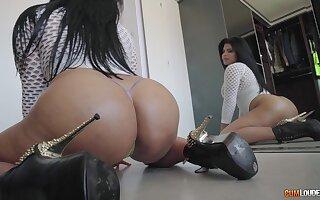 Amazing how this big ass Latina goddess can ride a bar-room