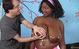 Ebony with chubby ass and oustandingly tits, first webcam white fuck